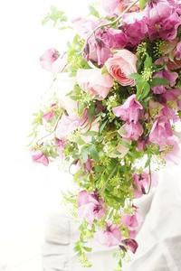 もう一度結婚式が挙げたくなるブーケ♪ - お花に囲まれて