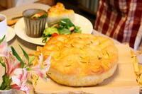 特別レッスンフォカッチャピンツァ - 小麦の時間   京都の自宅にてパン教室を主宰(JHBS認定教室)