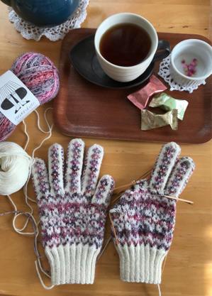 mondimとダンディアリスの手袋 no.2  ① - 笑う門には福来たる