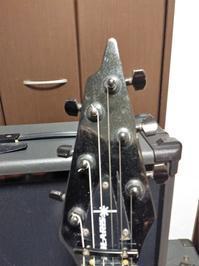 謎のギターを入手。 - 六弦偏愛場所