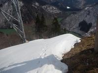 雪を求めて白川村へ…①オゾウゾ山 - 山にでかける日