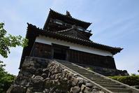 日本最古の現存天守、丸岡城を訪ねて。その2<天守・内部> - 坂の上のサインボード