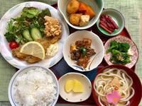 ハタハタフライ&鶏唐★(^^♪・・・・・700円ランチ - 日だまりカフェ