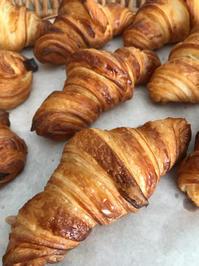 クロワッサンを作るときに生地を冷やす理由 - 横浜パン教室tocotoco〜ワンランク上のパン作り〜