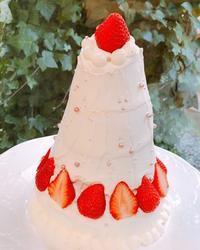 合格の5段ケーキ - 調布の小さな手作りお菓子教室 アトリエタルトタタン