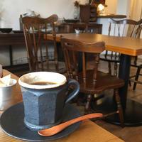 辻堂のCafe Hütte (カフェ ヒュッテ) さんは、ひとり静かに本を読みたくなるカフェです。 - 心がほぐれる+からだがとろける 茅ケ崎のアロマサロン aroma room Annonオーナーのブログ