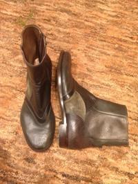 明日は定休日です。 - Shoe Care & Shoe Order 「FANS.浅草本店」M.Mowbray Shop