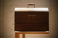 """my SINGER but not a PORSCHE^^ - 飽商909の""""ナローな""""時計部屋"""
