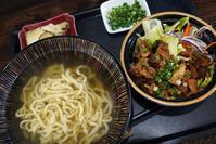 ボクは美味しい汁と美味しい麺があればそれでいい琉球麺茉家 - ちゅらかじとがちまやぁ