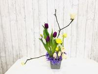 春の枝ものを使って♪ - Flower Days ~yucco*のフラワーレッスン&プリザーブドフラワー~