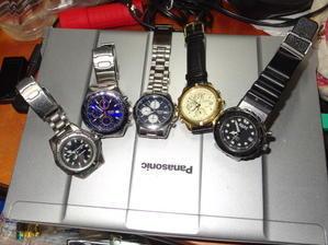 腕時計 -