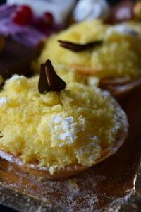 国際女性デーのミモザケーキと(本物)初ショーペロ - ボローニャとシチリアのあいだで2