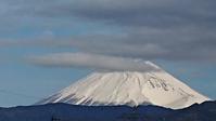 今日の富士山と野菜を捨てる幼稚園 - 難病あっても、楽しく元気に暮らします(心満たされる生活)