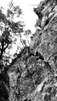 岩場の整備とクライミング - 曙光