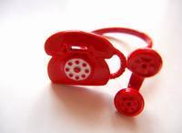 赤い電話の指輪 - ダリア日記帳