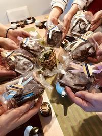 お菓子のお持ち帰りはこんな感じ♪ - 今日も食べようキムチっ子クラブ (料理研究家 結城奈佳の韓国料理教室)