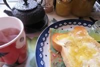 リンゴジャムと南部鉄器で淹れた紅茶でランチ - 長女Yのつれづれ記