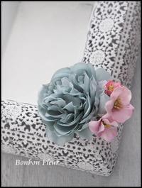 卒業式用ラナンキュラスコサージュ(マグネットコサージュ) - Bonbon Fleur ~ Jours heureux  コサージュ&和装髪飾りボンボン・フルール