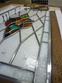 大きなパネルが続々 - atelier GLADYS  ステンドグラス工房 作り手の日々