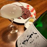 花の香スパークリング噴出と馬刺燻製でひとり感謝の夕べ、Sweet Baby♪ - Isao Watanabeの'Spice of Life'.