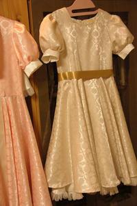 パフスリーブ・全円スカートドレス<完成>(2)/子供への上手な注意の仕方と、リフレーミング - DOUBLE RAINBOW