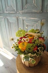 卒園式の花ライオン組さんへ - 北赤羽花屋ソレイユの日々の花