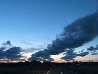 夕陽をどこまでも追いかけていく - 流れる雲のように