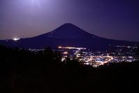 31年3月の富士(14)乙女峠朧月の富士 - 富士への散歩道 ~撮影記~