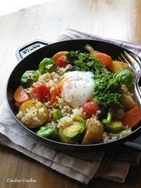 春野菜と玄米のホットサラダ温泉卵のせ♪・・・掲載していただきました。 - キッチンで猫と・・・