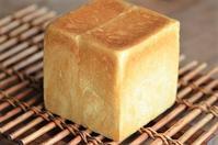 角食とか - 森の中でパンを楽しむ
