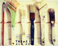 ハケでペンキを塗る前に、まずはハケにペンキを塗ってみる。 - 暮らしをつくる、DIY*スプンク
