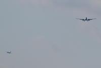 2機のアプローチ機 - 南の島の飛行機日記