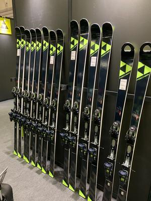 SLスキー - 名古屋のスキーショップ エリアワンのすべりねた