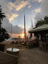 2017年10月バリ島旅行   遊歩道を北から南へgenius cafe とThe Nest BeachSide SPAなど、サヌールビーチで過ごした1日 - On A Holiday
