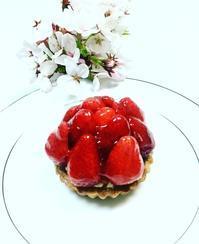春が旬 今が一番美味しい季節 苺づくしのケーキ&デザートのお教室 - パティスリーラ・メールの洋菓子教室