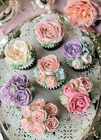 今週4月4日(木)、4月6日(土)は土屋グループ銀座ショールームさんにてお待ち申し上げます。 - バラとハーブのある暮らし Salon de Roses