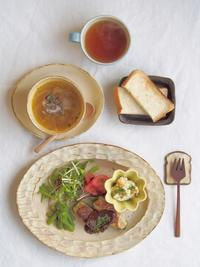 ピーマンの肉詰め朝ごはん - 陶器通販・益子焼 雑貨手作り陶器のサイトショップ 木のねのブログ