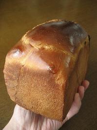 チョコとオレンジのブリオッシュ食パンと、いつものハードトースト - slow life,bread life