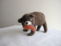 クマと鮭。 - こひつじ的生活~羊毛フェルトで作る小さな世界