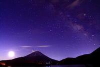 31年4月の富士(2)本栖湖の夜明けの富士 - 富士への散歩道 ~撮影記~