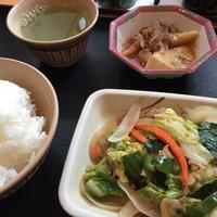 8日 筍土佐煮とキャベツとアサリのピリ辛炒め - 香港と黒猫とイズタマアル2