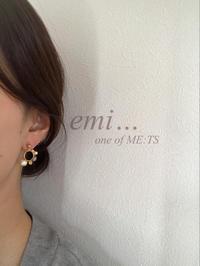 華やか ビーズ no フープ original - emi… one of ME:TS