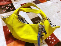 黄色のバッグ初めてのような気がする - 白雪ばぁばのかんづめ