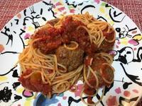 早朝からミートボールスパゲッティ - ソーニャの食べればご機嫌