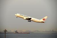 HND - 532 - fun time (飛行機と空)
