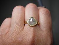 ミルキースライスダイヤモンドリング - hiroe  jewelryつくり