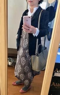 ヴェネチアンビーズネックレスも重い - 着まわせない