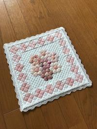 シュガーピンクの花束・ミニ完成しました^^ - キルトで幸せな毎日を