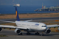 エアバスの4発機 - まずは広島空港より宜しくです。