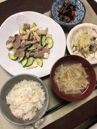 豚肉とズッキーニの炒め物 - 庶民のショボい食卓